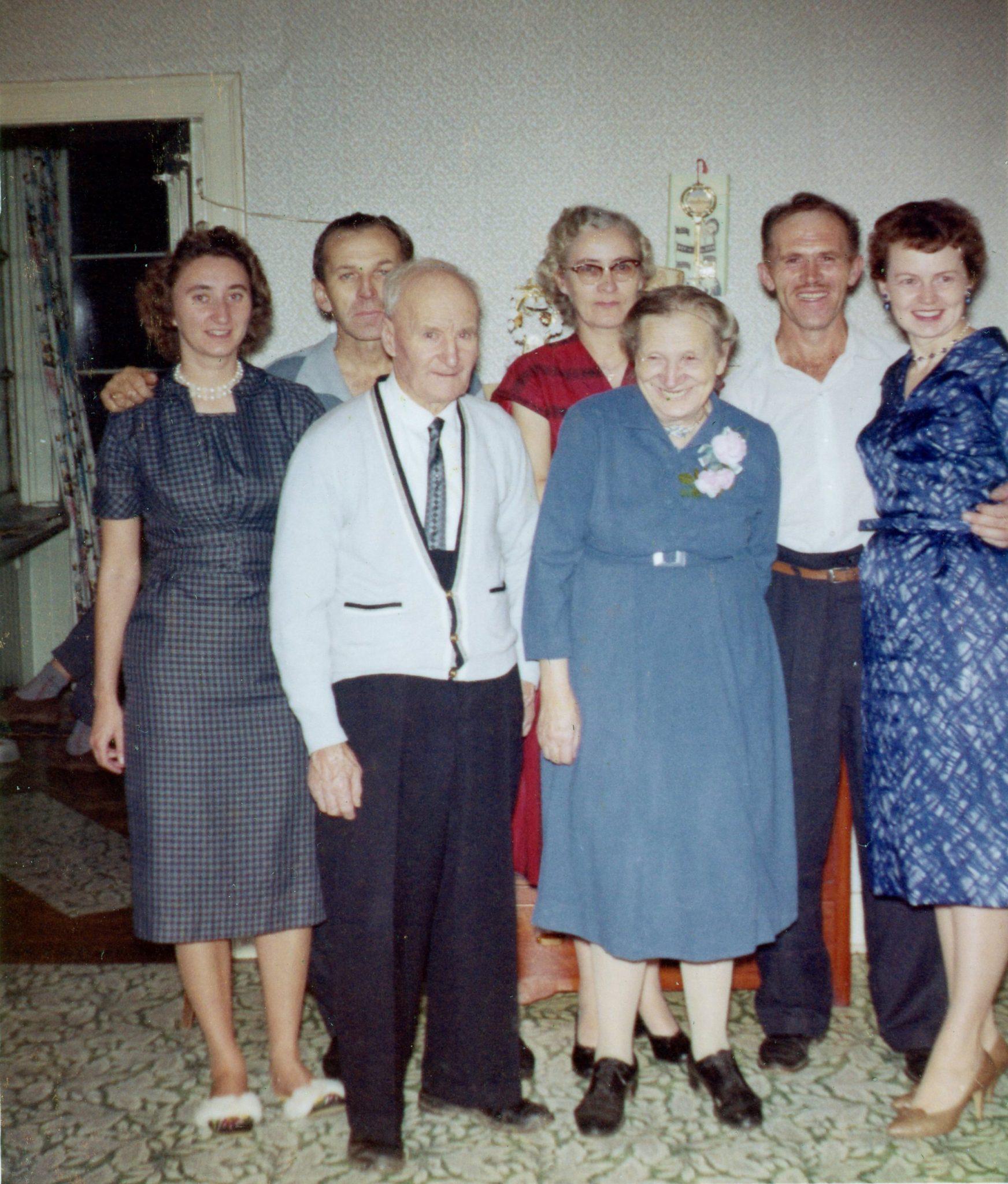 1960 Nov. Senior Mansell Family